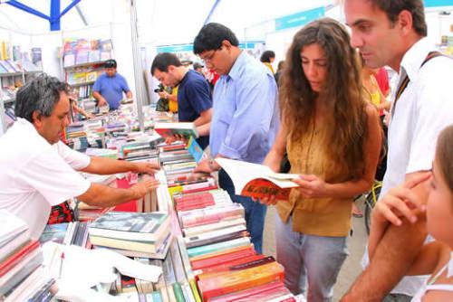 Feria del libro en el Parque Forestal 1