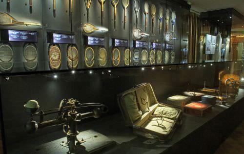 """El Museo de la Moda relanza """"Tenis"""" 1"""