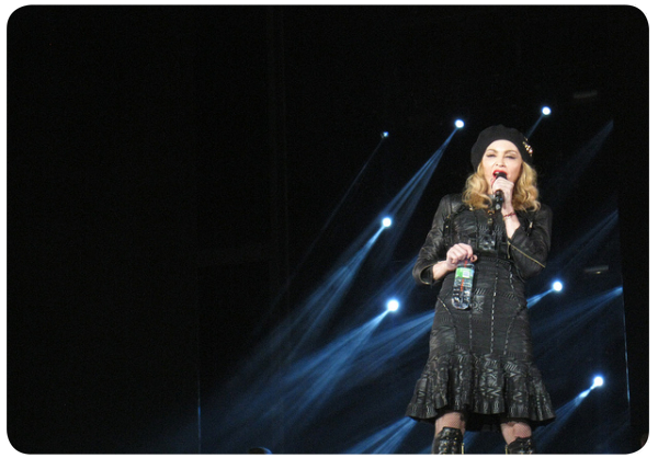 Madonna a medias 1