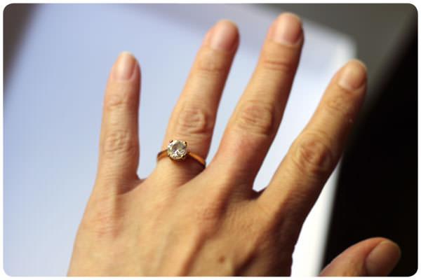 Los anillos de compromiso están sobrevalorados - Zancada  Lo que ... 67772d9a884