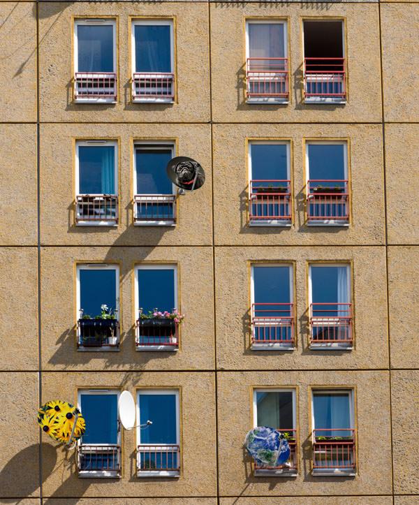 Edificio con antenacolor 2 B