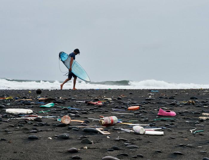 Buscando voluntarios por el océano 1