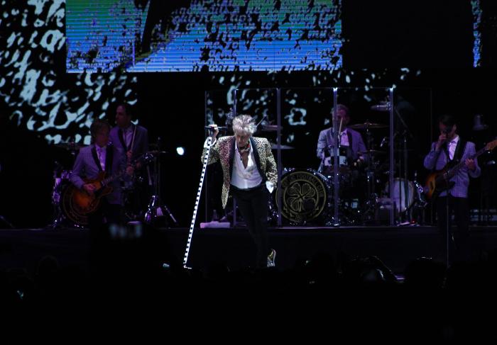 La alegría del concierto de Rod Stewart a Chile 1