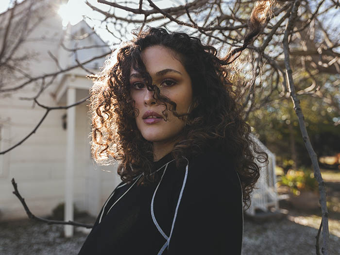 """Sharon Mor da el primer salto con el single """"Rompecabezas"""" 2"""