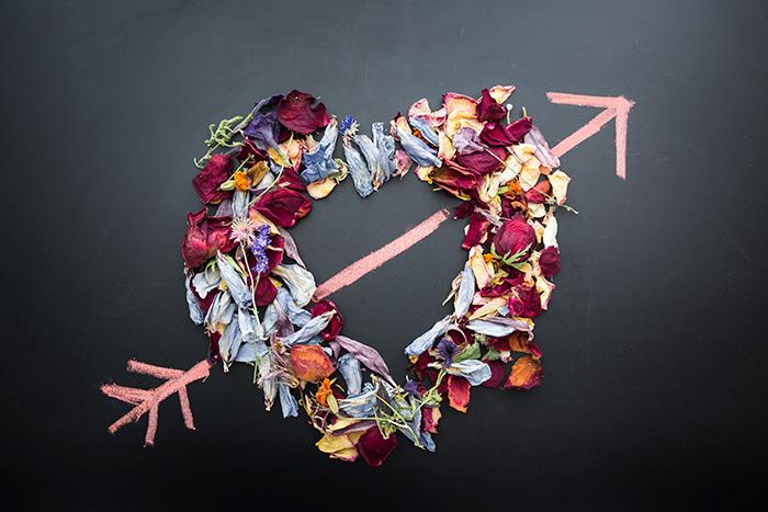 Corazón flechado 14 de febrero