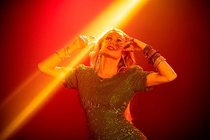 Kassandra Romanini en el videoclip