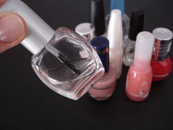 Esmaltes de uñas, nunca puedo llegar al final! 1