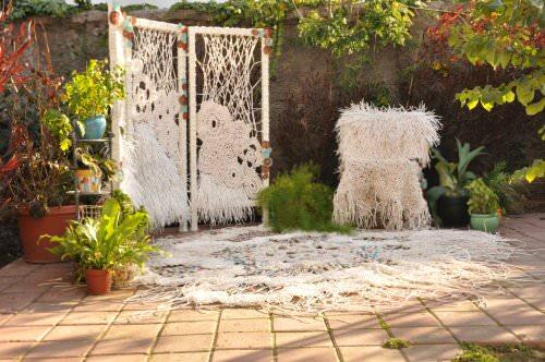 Crochet y cables telefónicos en proyecto de decoración textil 1