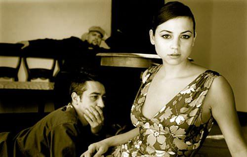 La minísima Leonor Watling toca este jueves en Santiago  1