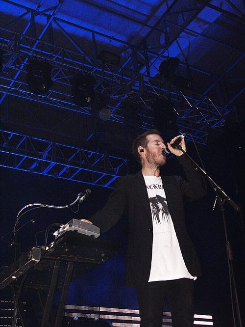 SUE y el reencuentro con Massive Attack 4