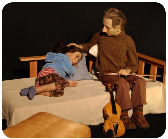 Sobre la cuerda floja, una obra en miniatura (+ concurso) 1
