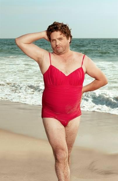 Galifianakis en traje de baño para Vanity Fair 2
